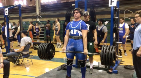 Eagles Flex Their Muscles at Powerlifting State Championships