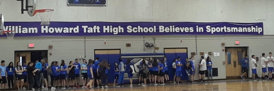 New+gym+banner+states+%2C%E2%80%9CWilliam+Howard+Taft+High+School+Believes+In+Sportsmanship.%E2%80%9D+%0APhoto+by+Alyssa+Martinez.